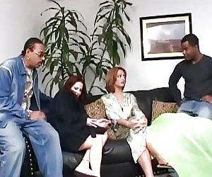 Ebony Housewife Tubes